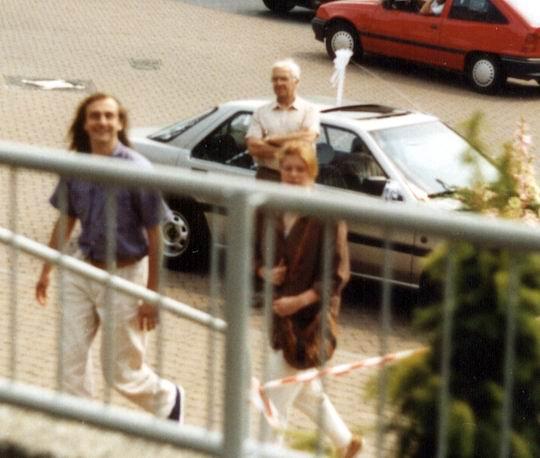 http://www.fordpflanzen.de/bilder/rolf/1991-KellAmSee/hochzeit-besuch2.jpg