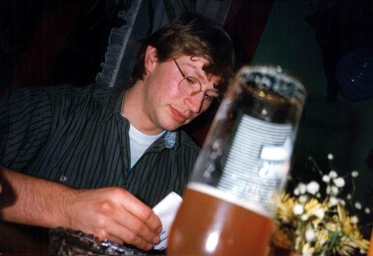http://www.fordpflanzen.de/bilder/rolf/1992/Weihnachtstreffen/seite03-kuehn.jpg