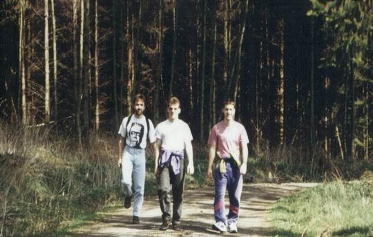 http://www.fordpflanzen.de/bilder/rolf/1993-Hirzenhain/seite01-wandern.jpg