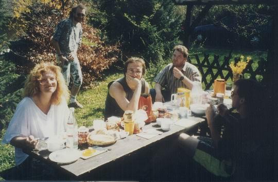 http://www.fordpflanzen.de/bilder/rolf/1993-Hirzenhain/seite03-fruehstueck1.jpg