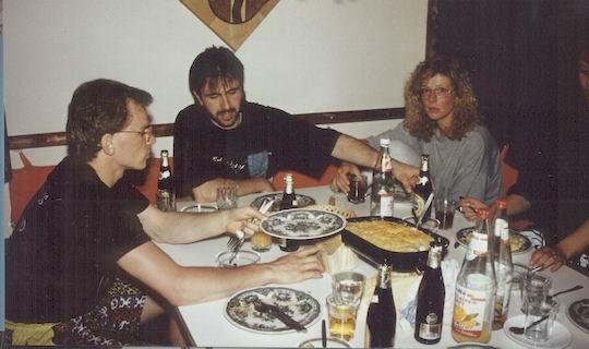 http://www.fordpflanzen.de/bilder/rolf/1993-Hirzenhain/seite07-essen2.jpg