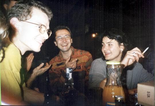 http://www.fordpflanzen.de/bilder/rolf/1994/NachtreffenBebelsheim/seite03-lachen.jpg
