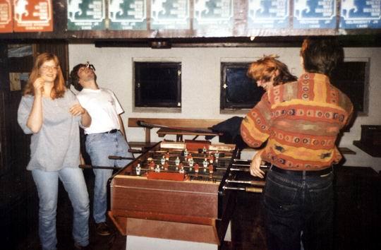 http://www.fordpflanzen.de/bilder/rolf/1994/NachtreffenBebelsheim/seite09-kicker.jpg