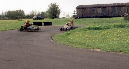 http://www.fordpflanzen.de/bilder/rolf/1994/Stadtkyll/seite05-kurve.jpg