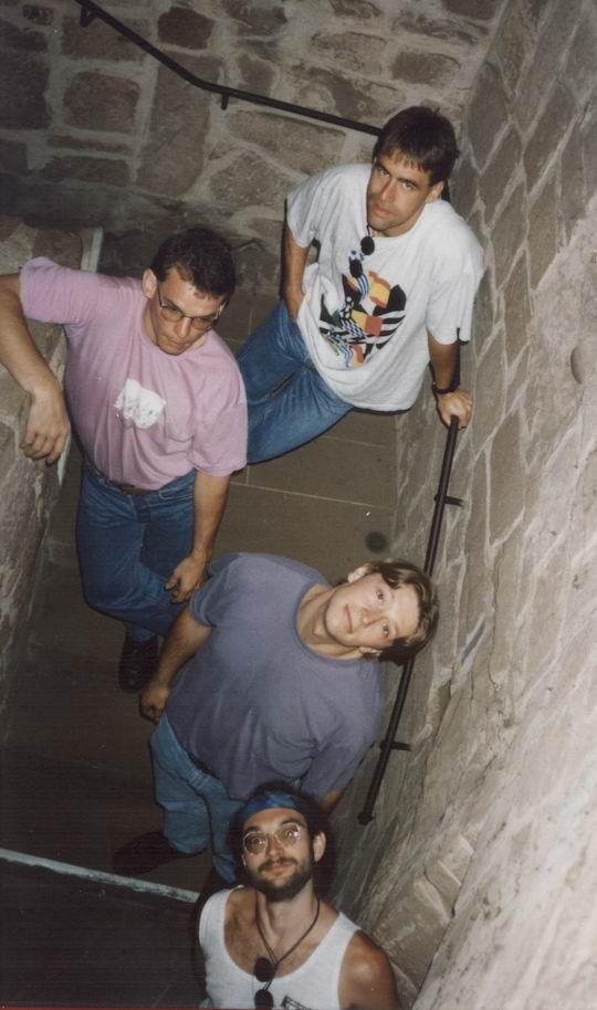 http://www.fordpflanzen.de/bilder/rolf/1995-Xonrupt/seite13-treppe.jpg