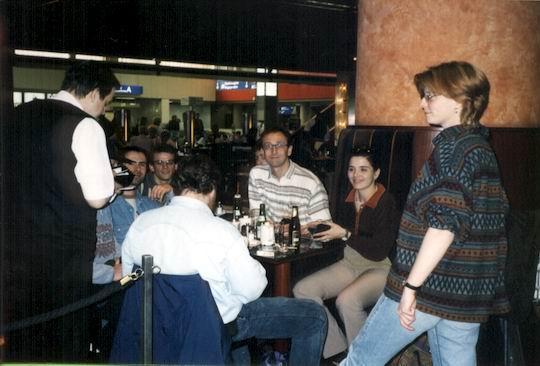 http://www.fordpflanzen.de/bilder/rolf/1998-LaPalma/seite01-flughafen.jpg