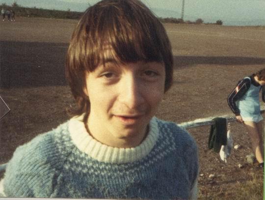 http://www.fordpflanzen.de/bilder/rolf/Ford-einzelbilder/1984-DerBeginn/seite06-arno.jpg