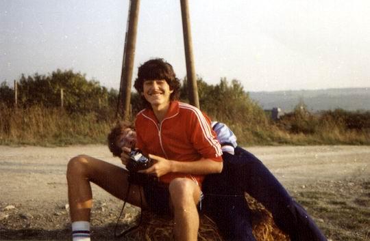 http://www.fordpflanzen.de/bilder/rolf/Ford-einzelbilder/1984-DerBeginn/seite06-jf.jpg