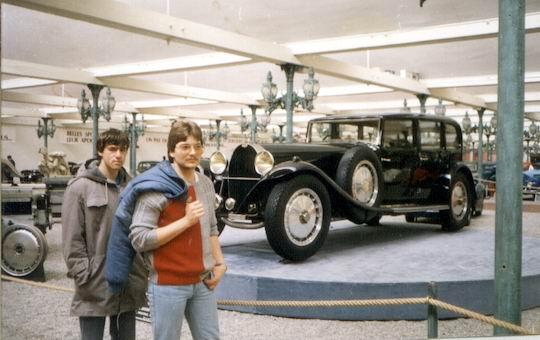 http://www.fordpflanzen.de/bilder/rolf/Ford-einzelbilder/1986/abw-seite01-museum.jpg