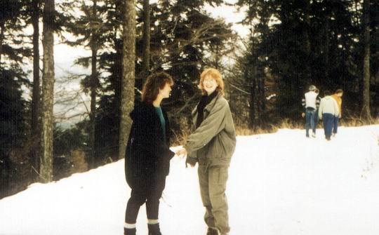 http://www.fordpflanzen.de/bilder/rolf/Ford-einzelbilder/1986/abw-seite02-andrea+silvia.jpg