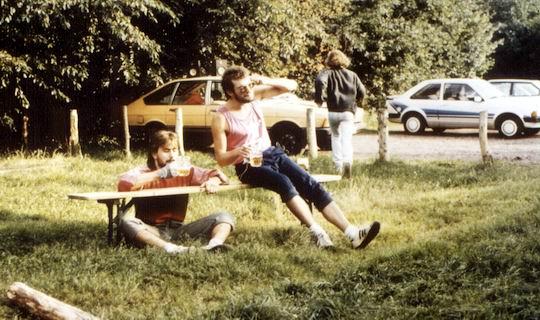 http://www.fordpflanzen.de/bilder/rolf/Ford-einzelbilder/1987/evf-seite01-zweiergespann.jpg