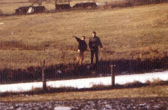 http://www.fordpflanzen.de/bilder/rolf/Ford-einzelbilder/1987/frankenau-seite04-feld.jpg
