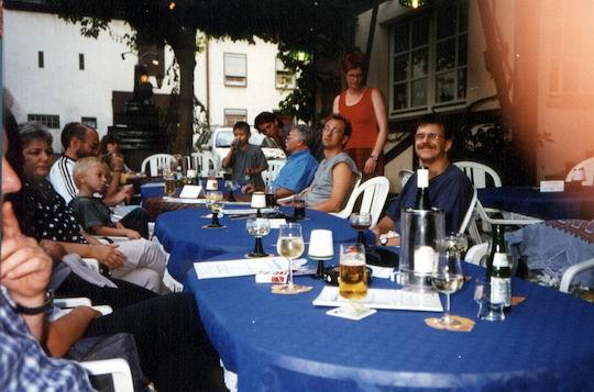 http://www.fordpflanzen.de/bilder/rolf/Ford-einzelbilder/1999-Leiwen/seite02-leiwen1.jpg