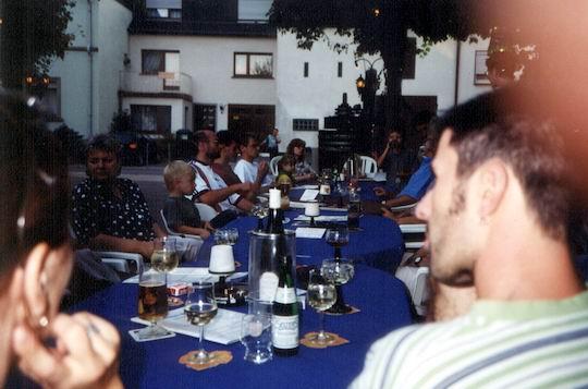http://www.fordpflanzen.de/bilder/rolf/Ford-einzelbilder/1999-Leiwen/seite02-leiwen2.jpg