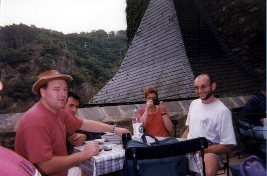 http://www.fordpflanzen.de/bilder/rolf/Ford-einzelbilder/1999-Leiwen/seite10-knips.jpg