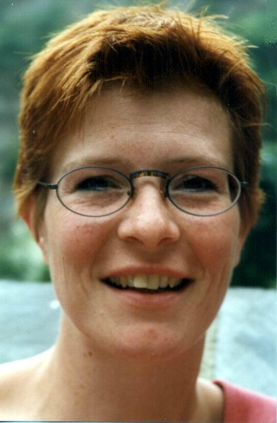http://www.fordpflanzen.de/bilder/rolf/Ford-einzelbilder/1999-Leiwen/seite11-silvi.jpg