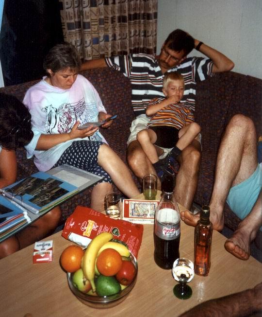 http://www.fordpflanzen.de/bilder/rolf/Ford-einzelbilder/1999-Leiwen/seite13-schauen.jpg