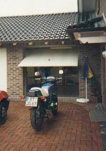 http://www.fordpflanzen.de/bilder/rolf/Ford-einzelbilder/2000-Neuheilenbach/moped-rolf.JPG