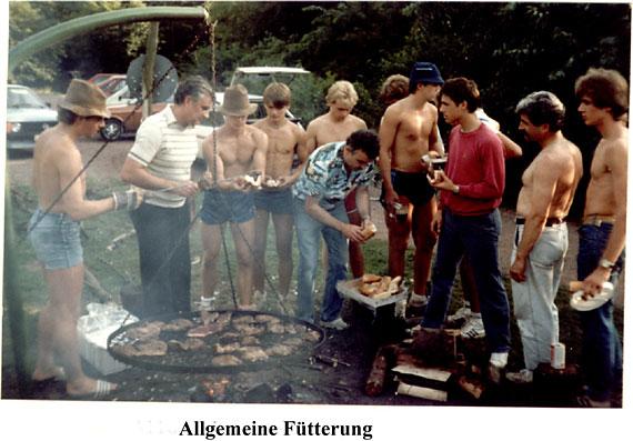 http://www.fordpflanzen.de/bilder/zottel/1985_ElektrikerVolksFest/volksfest85-5_.jpg